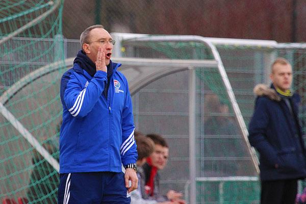 Manfred Krimm, aktuell noch in Diensten der SpVgg Mögeldorf 2000, gibt ab Sommer das Kommando beim TSV Cadolzburg vor.  | Foto: fussballn.de